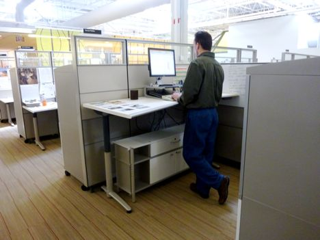 standing-office